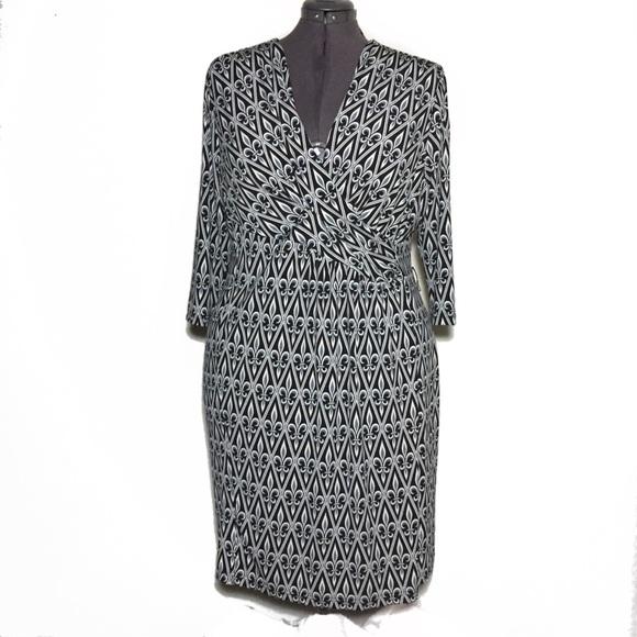 Bob Mackie Dresses | Fleur De Lis Print Sheath Dress 2x | Poshmark